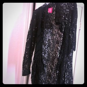 black robe/ cardigan